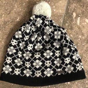 Pistil hat